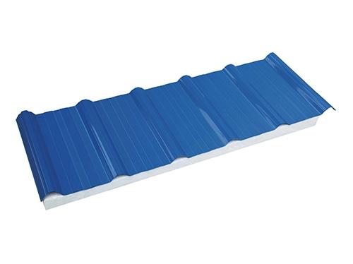 A-PVC超耐候防腐隔热梯形夹芯瓦